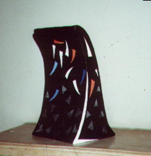 Scultura uno, 1989,legno rivestito di carta dipinta